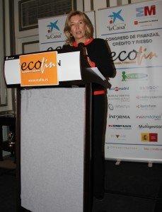 María Dolores Dancausa durante el discurso que pronunció en la cena de los premios ECOFIN 2013