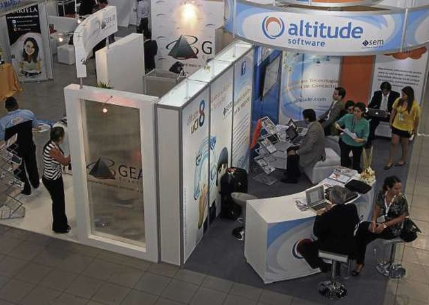 Stand de Altitude en la feria de Marketing de Guayalquil.