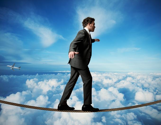 Mantener el equilibrio exige la Buena convivencia entre el liderazgo jerárquico convencional con el liderazgo efectivo actual