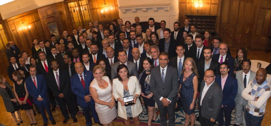 Alrededor de 200 jóvenes, dirigentes políticos y empresariales procedentes de 23 países debatieron en el Global Youth Leadership Forum.