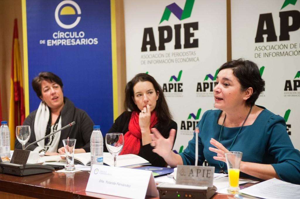 Elena Pisonero, Fiona Maharg y Yolanda Fernández.