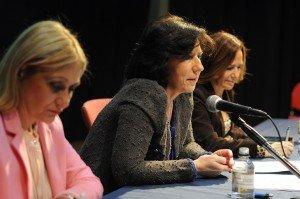 Carmen Mª García, presidenta de Fundación Woman's Week, Helena Herrero, presidenta para España y Portugal de HP y Teresa Jiménez Becerril, eurodiputada, durante la IV Semana Internacional de la Mujer (Marzo 2014).