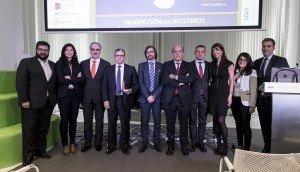 El Foro de Innovación en Recobro de ECOFIN junto al premiado Jordi López Garzón.