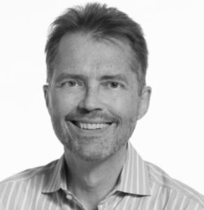"""Vince Brewerton. Especialista en estrategia organizacional y es director para Canadá de """"Potencial Project""""."""