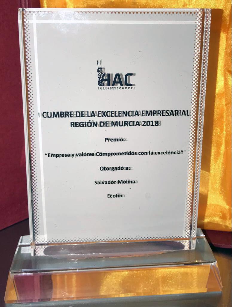 Premio otorgado a Salvador Molina
