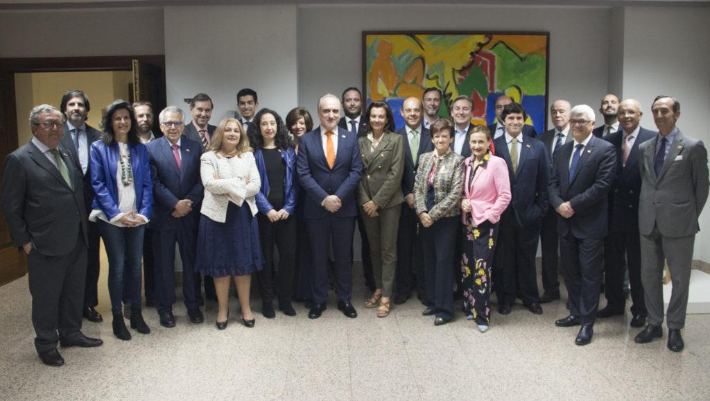 Jurado ECOFIN durante la reunión de deliberación de los 'Titanes de las Finanzas 2018'.