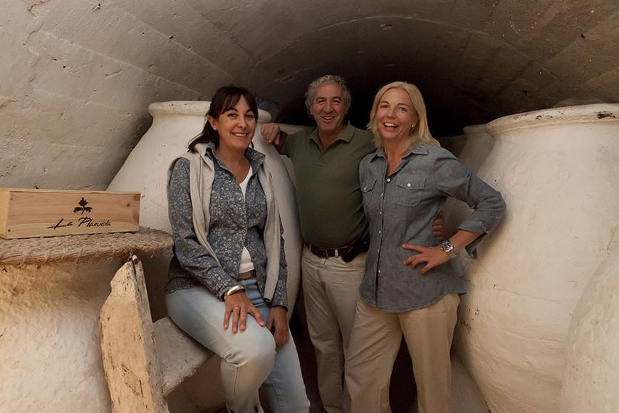 De izquierda a derecha: Margarita Madrigal, Gonzalo Rodríguez y Alexandra Schmedes,