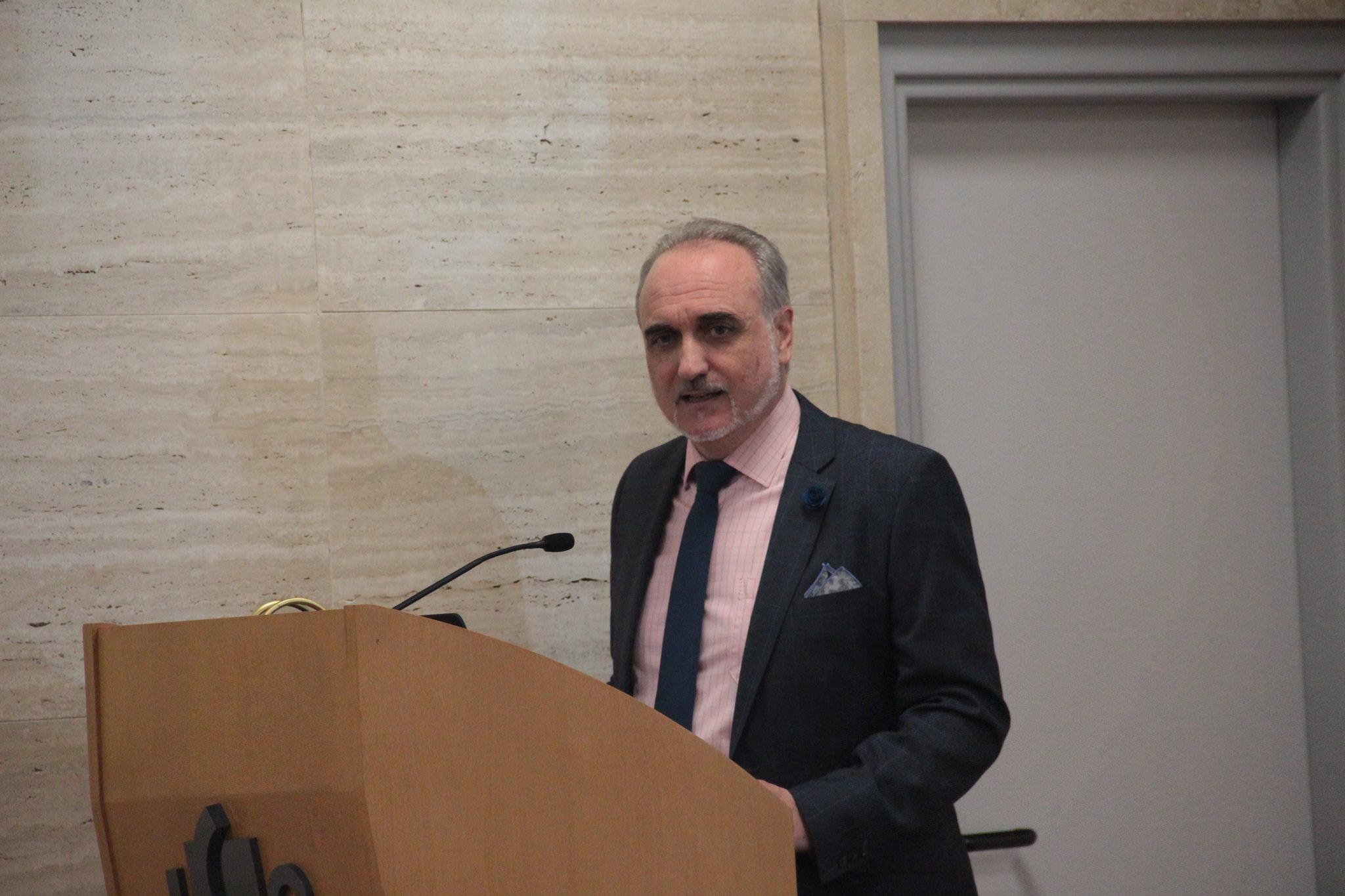 Salvador Molina durante la inauguración y bienvenida al Congreso ECOFIN 2018.