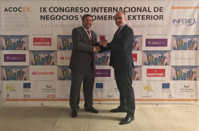 Miguel Ángel Martín Martín, presidente de INFEBEX, y Salvador Molina, presidente de Foro Ecofin.