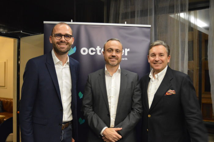 Olivier Goy, fundador y CEO de October; Joaquín Sevilla, chief Digital Officer de Liberbank; y Grégoire de Lestapis, CEO de October España.