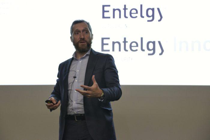 Miguel Ángel Barrio, head of Entelgy Digital, durante su participación en InnoDay Chatbot